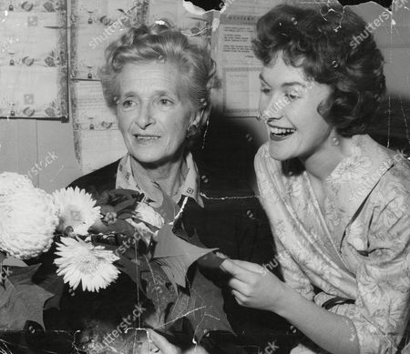 Actress Gladys Cooper (l) Celebrates Her 70th Birthday With Actress Johanna Martin At The Winter Garden. Box 671 408031635 A.jpg.