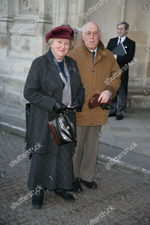 Patricia Routledge with Clive Swift