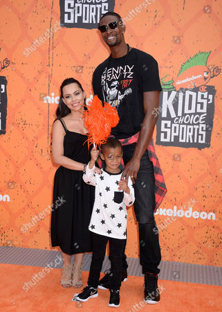 Chris Bosh, Adrienne Williams and son