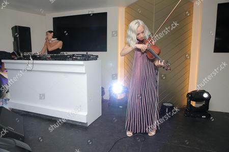 The Dolls - Mia Moretti, Caitlin Moe