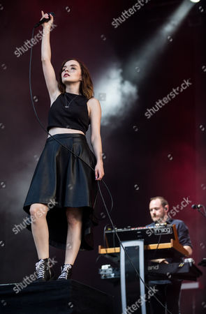 Lauren Mayberry and Iain Cook - Chvrches
