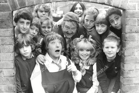 Television Programme: Whizzkids Guide. Rita Webb (dressed As Schoolgirl)(l) Arthur Mullard (centre) And Sheila White (dressed As Schoolgirl)(r). Box 674 224031621 A.jpg.