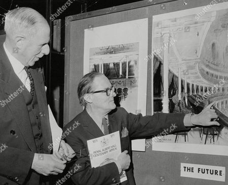 Royal Albert Hall Centenary Appeal 1871-1971. Sir Louis Gluckstein (l) President Of The Corporation With Architect Sir Hugh Casson (r). Box 674 224031625 A.jpg.