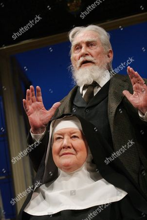 Editorial photo of 'THE BEST OF FRIENDS' PLAY AT HAMPSTEAD THEATRE, LONDON, BRITAIN - MAR 2006