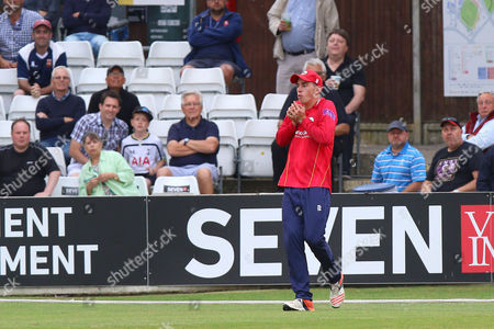Daniel Lawrence of Essex holds on to a catch to dismiss Colin Ingram during Essex Eagles vs Glamorgan, Royal London One-Day Cup Cricket at the Essex County Ground on 26th July 2016