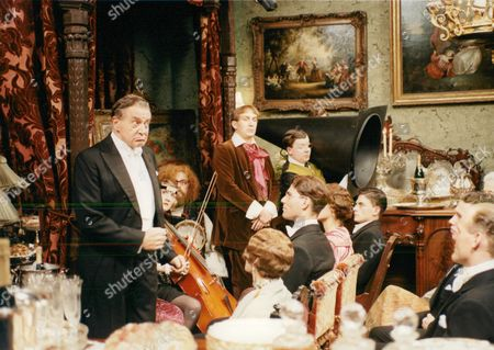 Television Programme: You Rang M'lord. Donald Hewlett (l). Box 674 1124031618 A.jpg.