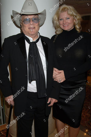 Tony Curtis and wife Jill Vandenberg