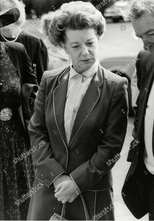 Jean Alexander At The Funeral Of Actor Bernard Youens Who Played Her On-screen Husband Stan Ogden In Tv Soap Coronation Street. Box 680 926041610 A.jpg.