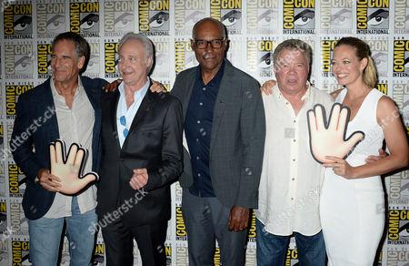 Scott Bakula, Brent Spiner, Michael Dorn, William Shatner and Jeri Ryan