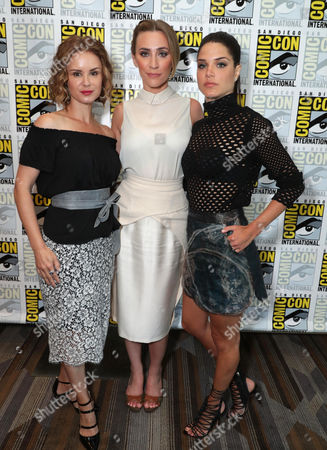 Keegan Connor Tracy, Jessica Harmon, Marie Avgeropoulos