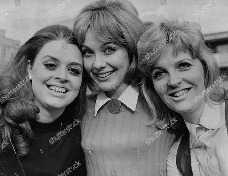Actresses (l-r): Lynda Baron Jacki Piper And Jan Butlin. Box 678 307041639 A.jpg.