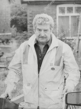 Actor Peter Adamson Sacked From Coronation Street Due To Breach Of Contract After Selling His Memoirs Is Due To Make His West End Debut In November In 'dial M For Murder'. He Was Cleared Of Indecent Assault Charges In July 1983. Box 680 726041614 A.jpg.