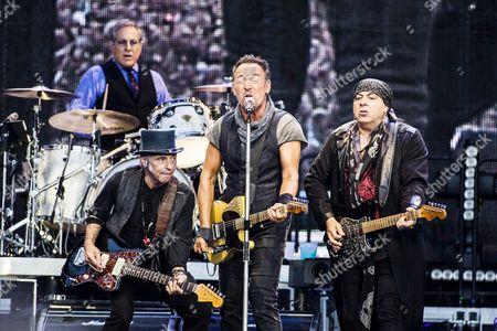 Nils Lofgren, Bruce Springsteen and Steven Van Zandt