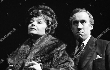 Stock Photo of Prunella Scales ( Coral Browne ) and Simon Callow ( Anthony Burgess )