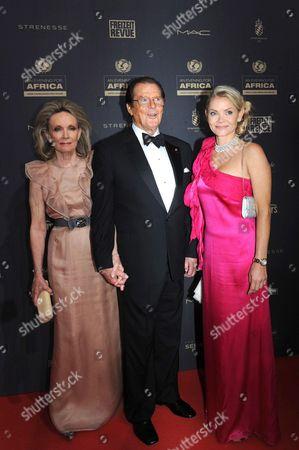 Kristina Tholstrup, Sir Roger Moore and Christina Knudsen