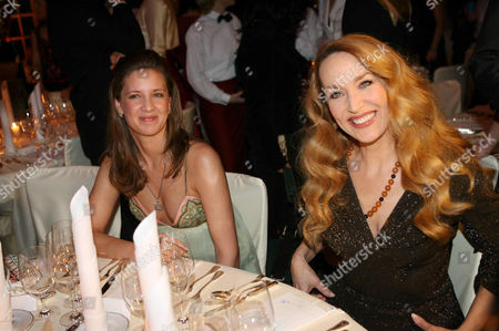 Dana Schweiger with Jerry Hall.