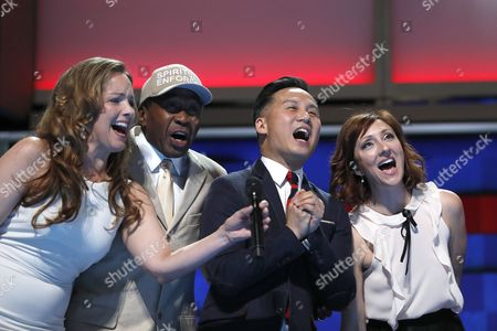 "Entertainers, from left, Alice Ripley, Ben Vereen, BD Wong and Carmen Cusack sing ""What the World Needs Now"" during the third day session of the Democratic National Convention in Philadelphia"