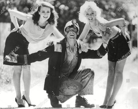 Ged Allen Male Model And Former Miner With Models Julie Robinson (l) And Julie Garnett (r). Box 682 428041618 A.jpg.