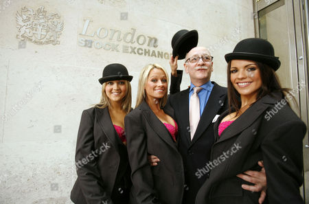Mrs Robinson - Paula Jade, Shereen Guerin and Tanya Robinson, with trader Ernest Henry