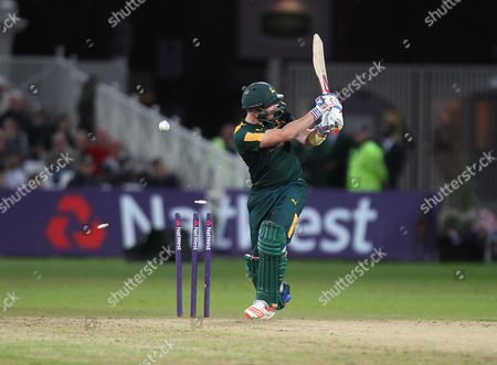 Riki Wessels of Notts Outlaws is bowled out by Clint McKay of Leicestershire Foxes (Not Pictured)