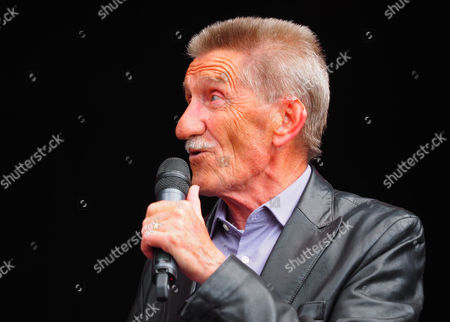 Barry Elliott - Chuckle Brothers