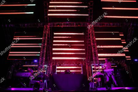 Pretty Lights, Pretty Lights