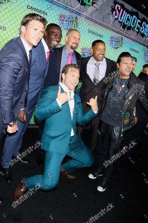 Scott Eastwood, Adewale Akinnuoye-Agbaje, David Ayer, Will Smith, Adam Beach and Jai Courtney (in front)