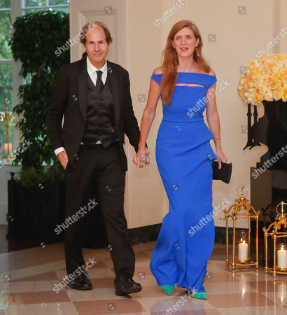 Samantha Power, Cass Sunstein