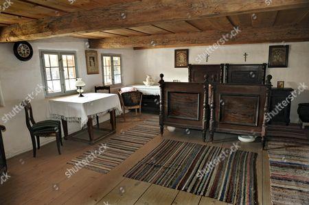 Bedroom, Bernoeder Hof farmhouse, Bauernhausmuseum Amerang farmhouse museum, Amerang, Bavaria, Germany
