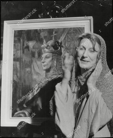Dame Judith Anderson Actress. Box 686 319051657 A.jpg.