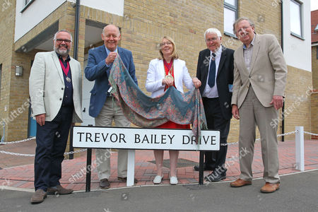 Stock Image of Essex CCC Chairman John Faragher (2nd L) and Mayor of Colchester Julie Yoiung (C) unveil the sign for Trevor Bailey Drive during Essex CCC vs Sussex CCC, Specsavers County Championship Division 2 Cricket at Castle Park on 4th August 2016