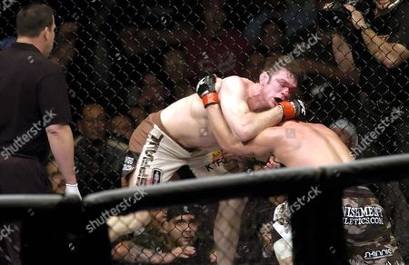 Light Heavyweight, Forrest Griffin in action against Tito Ortiz