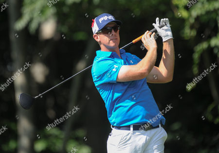 Hunter Mahan tees off on the 12th hole during the Travelers Golf Championship at TPC River Highlands in Cromwell, Connecticut