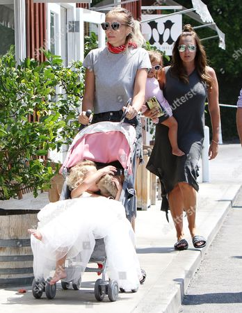 Petra Stunt, Lavinia Stunt, Tamara Ecclestone, Sophia Ecclestone-Rutland