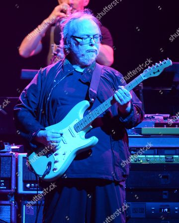 Walter Becker of Steely Dan performing