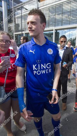 Leicester City fan and Jamie Vardy look a like Lee Chapman