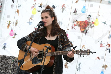 Rachel Sermanni - records a Netsounds Live session