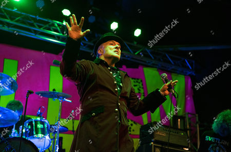 Jello Biafra And The School Of Medicine performing