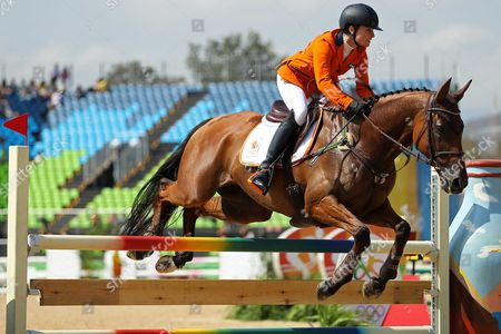 Rio de Janeiro, Brazil - 09/08/16 - RIO 2016 OLYMPICS GAMES, EQUESTRIAN. Alice Lozemann Naber, of Netherlands, riding Peter Parker, competes in the equestrian eventing show jumping phase at the 2016 Summer Olympics in Rio 2016 at Olympic Equestrian Centre. Photo: Heuler Andrey/AGIF