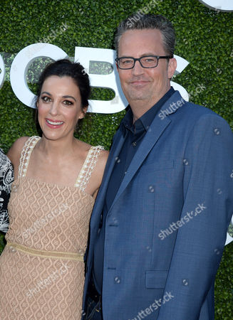 Lindsay Sloane and Matthew Perry