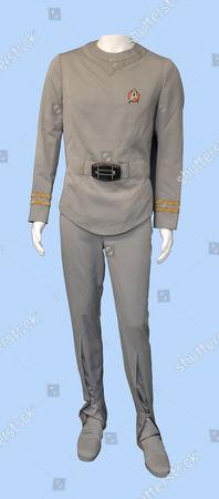 Spock Star Trek uniform