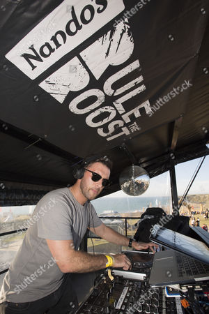 DJ Danny Howard surprised fans in Newquay with an impromptu performance on Nando?s Cock o? Van to the delight of unsuspecting festival goers and Nando?s fans.