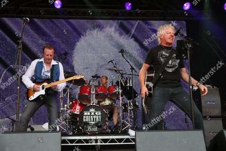 Big Country - Bruce Watson, Mark Brzezicki and Simon Hough