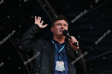 Main stage compere - Grant Stott, Radio Forth 1 DJ