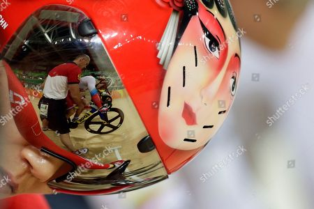 Gong Jinjie Gong Jinjie of China gets ready for the Women's Keirin first round at the Rio Olympic Velodrome during the 2016 Summer Olympics in Rio de Janeiro, Brazil