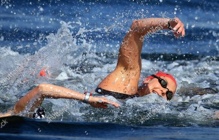 AUGUST 15:  Keri-Anne Payne of Great Britain competes in the Women's 10km Marathon Swimming on day 10 of the Rio 2016 Olympic Games at Fort Copacabana on August 15, 2016 in Rio de Janeiro, Brazil.  (Photo by Vaughn Ridley/SWpix.com)