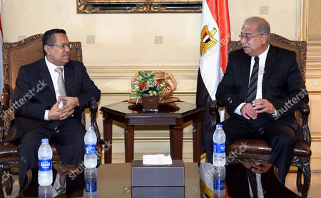 Egyptian Prime Minister Sherif Ismail meets with Yemen's Prime Minister Ahmed Obeid bin Daghr