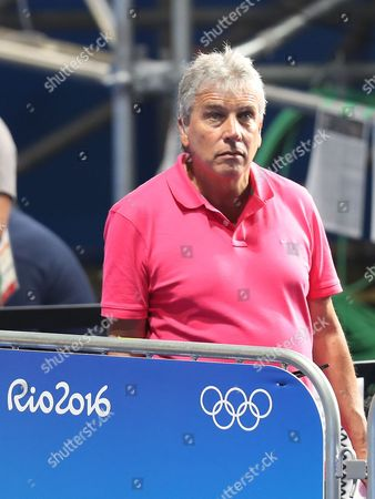 Boxing - John Inverdale watches the semi-final of the Women's Fly 51 kg category featuring Nicola Adams of Team GB and Ren Cancan of China during day thirteen of the Rio Olympics 2016 on the 18th August 2016