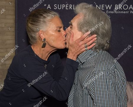 Ali MacGraw and Arthur Hiller