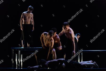 "Stock Picture of ""MC 14/22"", choreographed by Angelin Preljocaj"